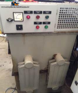 Transformador variável á óleo