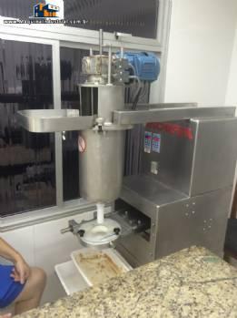 Formadora automática de doces e bolachas modelo Evolution 2500